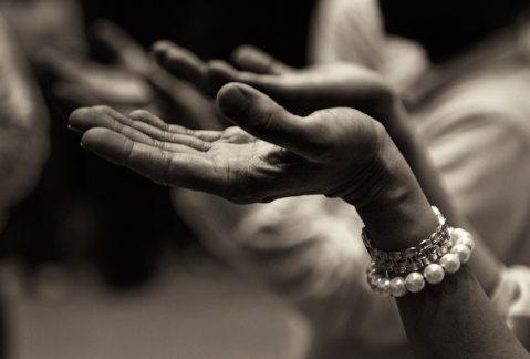 worship hands.jpeg